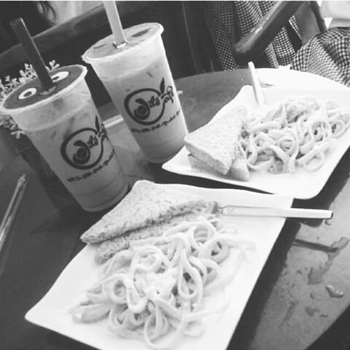 Yesterday ❤ date wt my friend (: Pasta Carbonara Milk Tea Wintermelon Black And White Black White