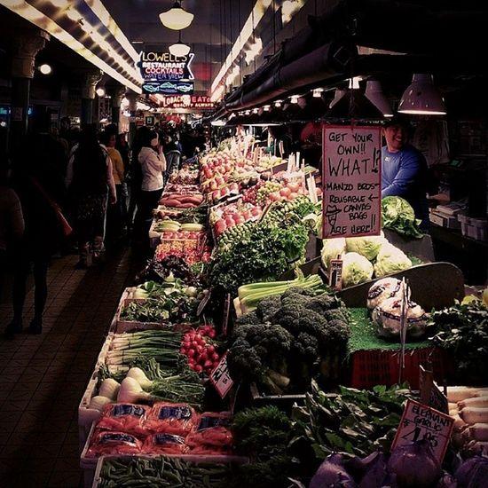 PikePlaceMarket Seattle Washingtonstate PNW pacificnorthwest upperleftusa vegetables veggies farmersmarket salad market food portland vancouver sf chicago nyc boston