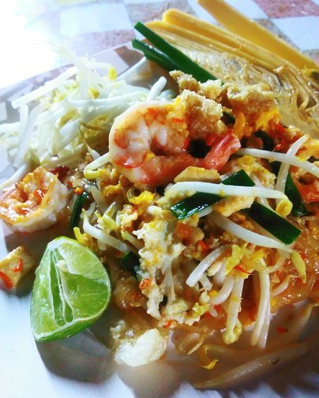 Pad-Thai Ready-to-eat Food Food And Drink Freshness Healthy Eating Padthai Thailand Thai Cuisine Thai Foods Serving Size Shrimps! 🍝 Shrimps Close-up Meal Dish Yummy♡ Noodels No People Si Racha