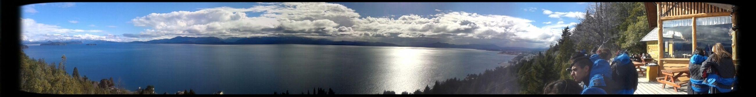 Vista panorámica dsd el parador de Cerro Viejo en Bariloche Lake Panoramic