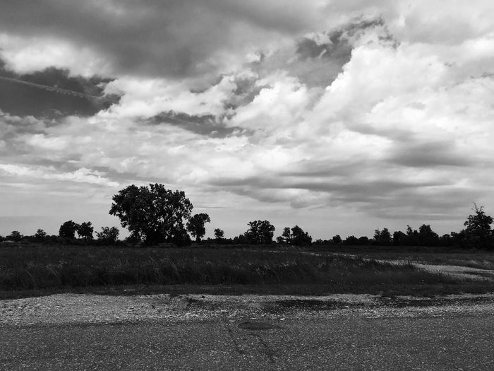Black And White B&w Sky Sky And Clouds Country Street Photography Streetphoto_bw Picoftheday Eyeam_bestshot Eyeam Iphone Photography Monochrome Photography