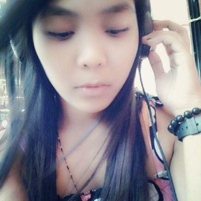 Masaya pala maghalo ng mga kanta tapos pag narinig mo ang cool ng kinalabasan :)))) Mashups Bored Damihananghashtag !XD