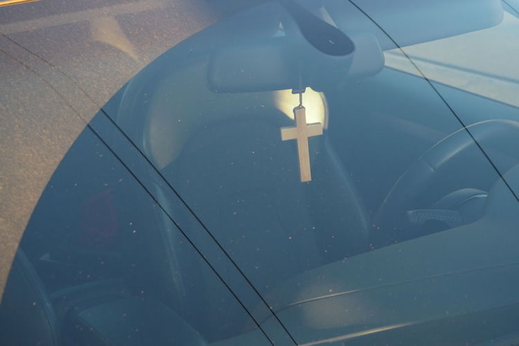 Beliving Car Christian Driving Glass - Material Jesus Cross Mode Of Transport Part Of Safety Transparent