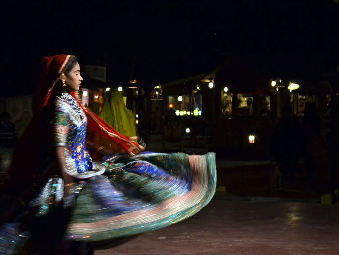 Dancing Lady Traditional Indian Girl Fairs In India Jaipur Lowlightphotography
