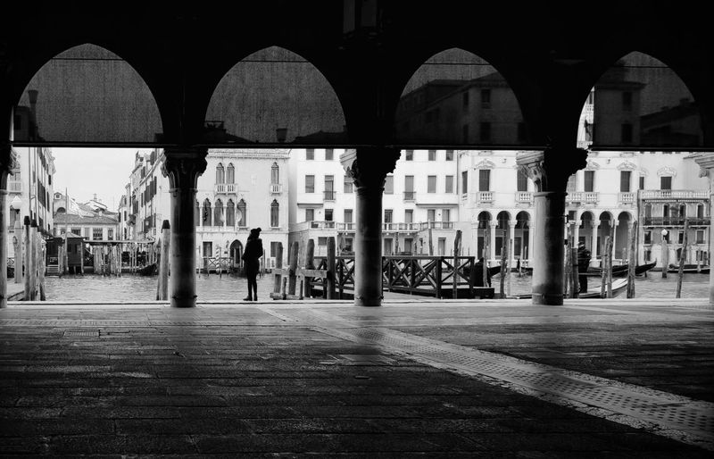 Blackandwhite Venezia Italy Market Politics And Government City Architectural Column Arch Architecture Built Structure Arcade Colonnade Column Fish Market Archway Historic The Traveler - 2019 EyeEm Awards