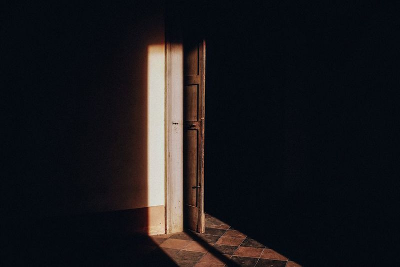 Architecture Empty Places Shadows & Lights Light And Shadow Fuji X100t Fuji VSCO Cam VSCO Vscogood Photography Light Vscocam Door Interior Views Interior Fine Art Photography The Secret Spaces Place Of Heart Creative Space