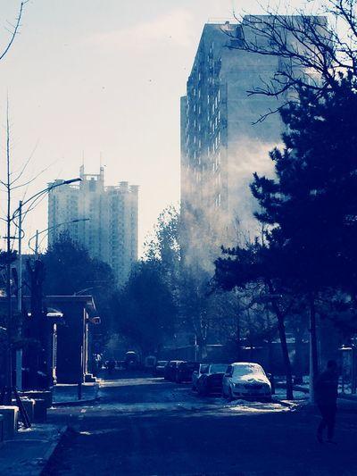 Snow in Beijing .It 's so cold Beijing
