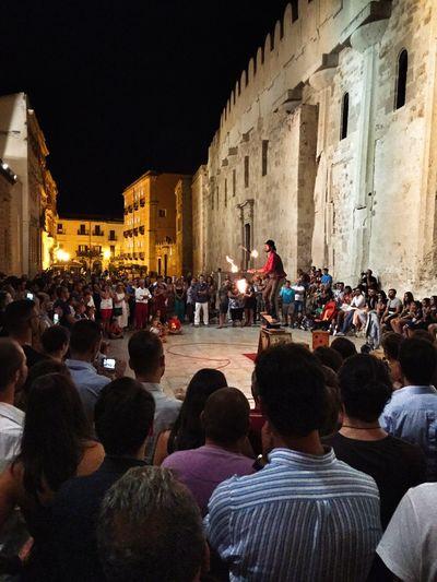 Artist in Ortigia Nightphotography Artist Art Streetart Getting In Touch Ortigia Sicily EyeEm Best Shots Great Atmosphere Getting Inspired Ortigia By Night Duomo - Ortigia