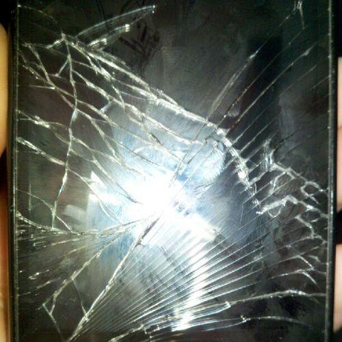 CrackedPhoneScreen HockeyAccident Notmyfault