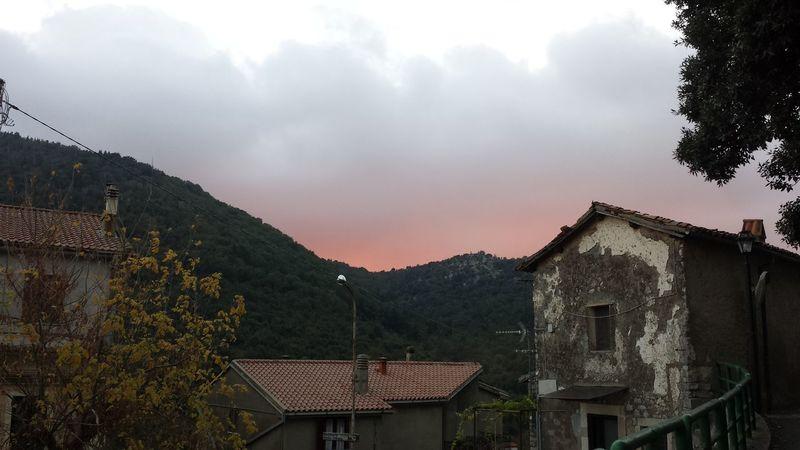 Bassiano Mountain Nature Sky Tree