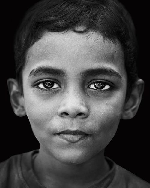 Portrait Portraitmood Portrait_perfection Portrait Portraiture Streetportrait Streetphotography Streetphoto Gupmagazine Gup Rsa_portraits Indiaportrait Indianphotographers Indiapictures Mumbaiphotohunt Mumbai_igers MumbaiDiaries Mumbaikar Mumbaigram India Travegram Travelindia Incredibleindia