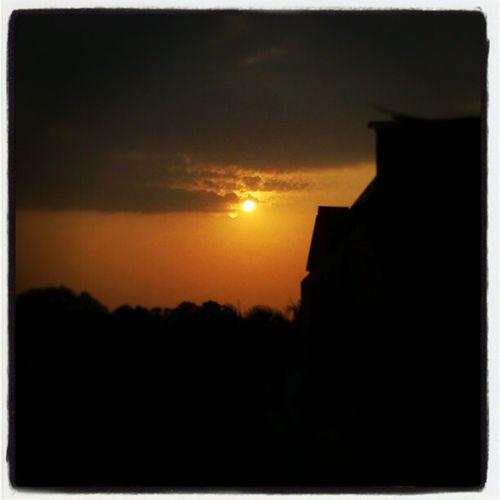 Sunset , Evening ,Yellowsky , Instagram , instpic , instahub , picoftheday , photooftheday , igers , igerslk , colombo , srilanka , srilankan , xperia