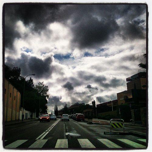Tarde de nubes! Caminantedigital Meencantanlasnubesdeprimavera Quesalgaelsol