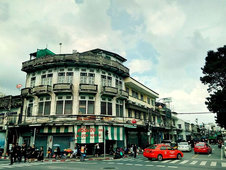 Building Commercial Building Old Building  Built Structure Architecture Building Exterior Building Collection Building Photography View Building Colors Landscape Building View Building Landscape Perspective Perspective View In Town People Texi