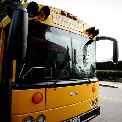 Helloworld Highschool Schoolbus Bus Yellow UCLA  Go