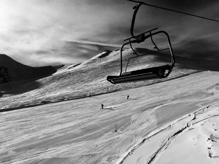 Skiing Slope Skiing Skiers Sunny Winter Day Up In The Silence Winter Photography Blackandwhite Photography Winter Landscape Piste De Ski Piste Chairlift Chairlift View Nature Snow Tranquility Mountain Winter