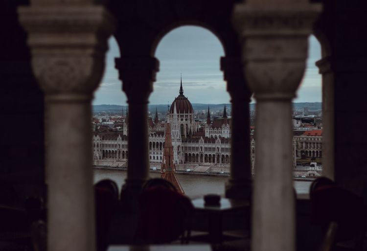 Camera - Canon 550D -Lens - 50 mm f/1.8 Blog : https://www.instagram.com/david_sarkisov_photography/ David Sarkisov Datodaaat Davit Sarkisov Architecture Built Structure Arch Travel Destinations Building Exterior Travel Tourism Architectural Column History Building The Past Dome City Incidental People Religion Place Of Worship Belief Tower Outdoors Government Colonnade