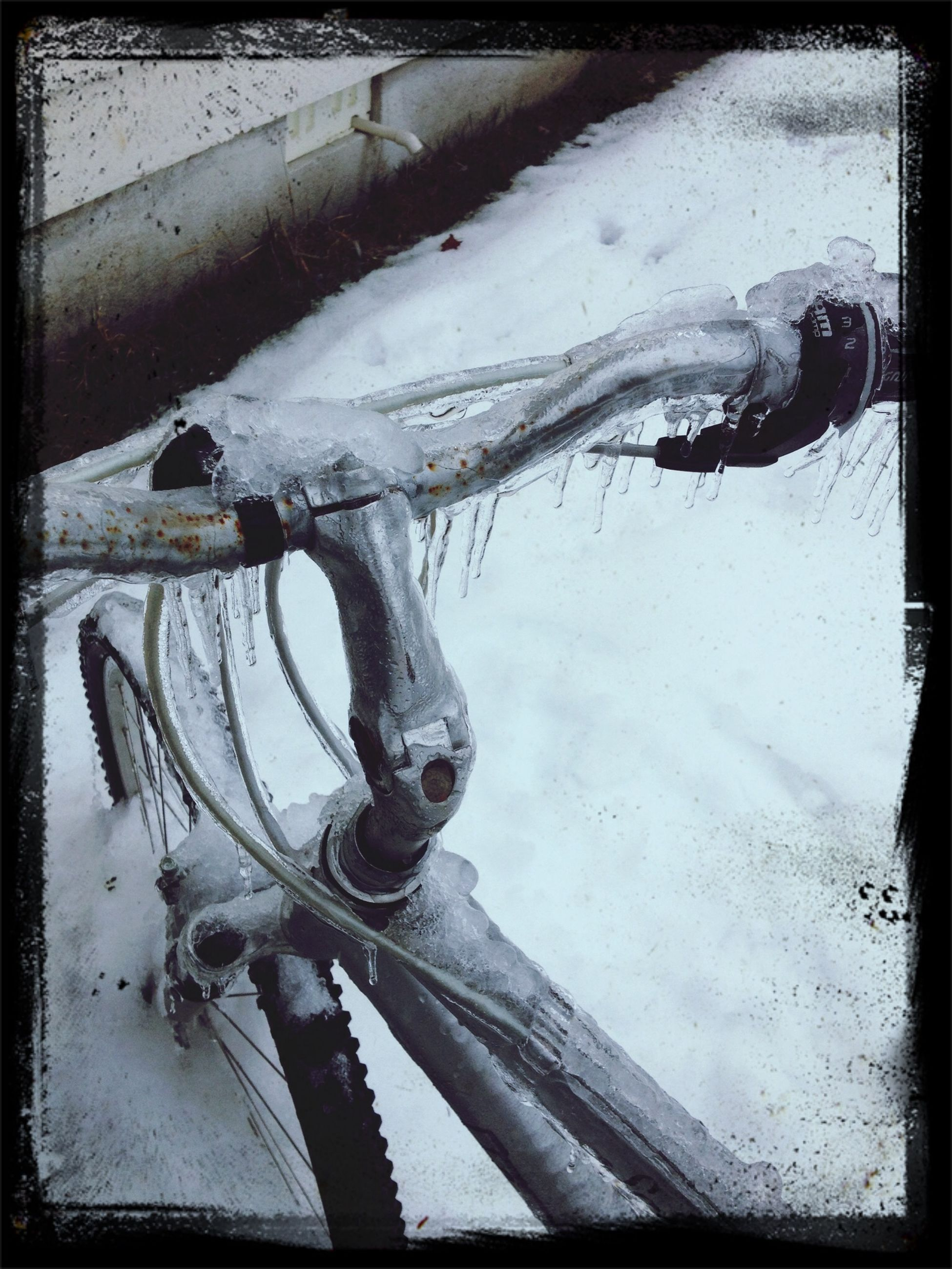 transfer print, snow, cold temperature, winter, auto post production filter, season, weather, frozen, high angle view, transportation, close-up, day, outdoors, water, covering, no people, ice, nature, mode of transport, wet