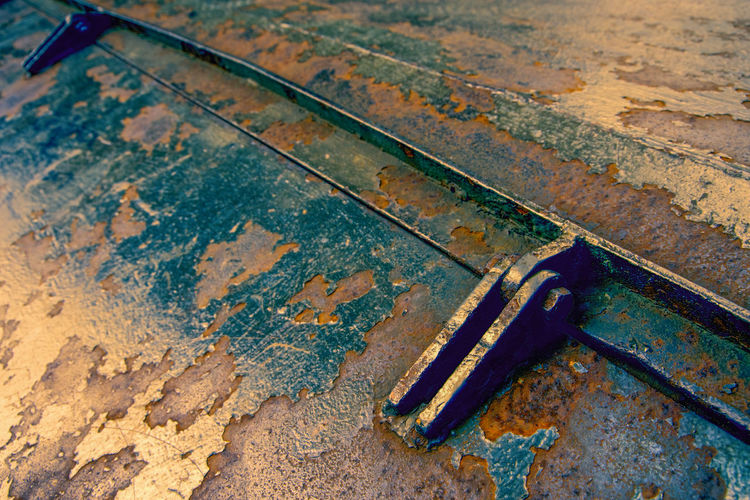 Urbex - 9 Metal Wood - Material Rusty High Angle View No People Day Indoors  Old Close-up Connection Still Life Absence Dirt Work Tool Focus On Foreground Messy Flooring Two Objects