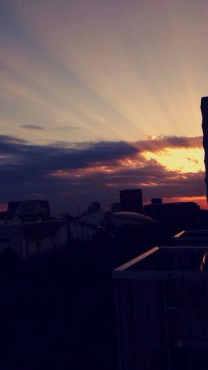Sunlight Morning Rayon De Soleil L'Aube Sky Paris Cityscapes Buldings