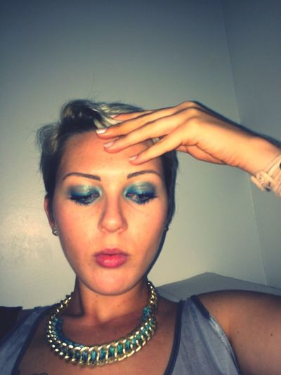So chic So Chanel make up ! Chic Nails Mode Makeup