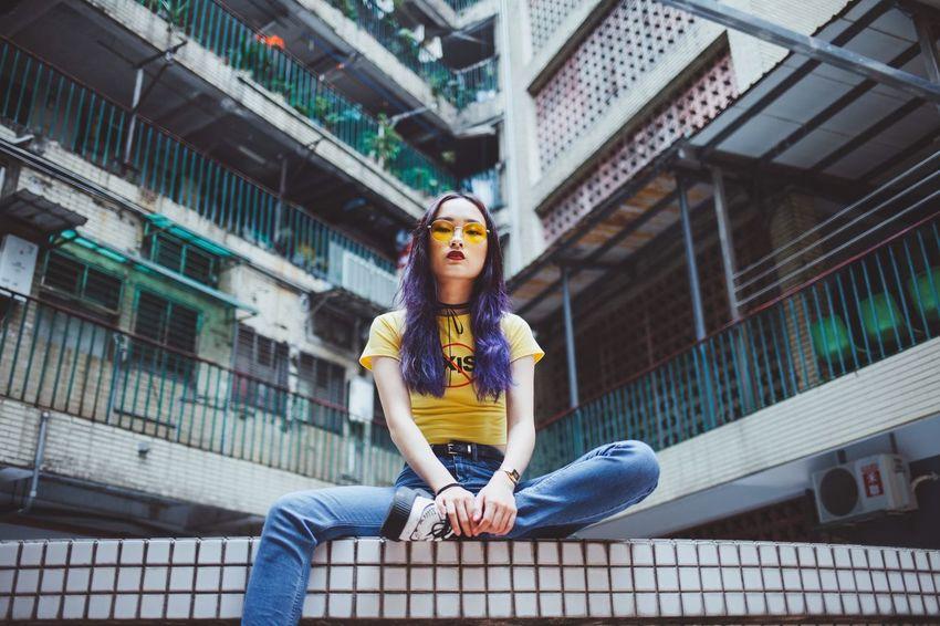 人像 EyeEm Best Shots Photography City Taiwan Taipei EyeEmNewHere Enjoying Life Daily Life Way2ill 台灣 台北 EyeEm Bestoftheday Street Streetphotography Canon Portrait Women Portrait Of A Woman Girl Architecture Young Adult One Person Front View Lifestyles Young Women Sport EyeEmNewHere