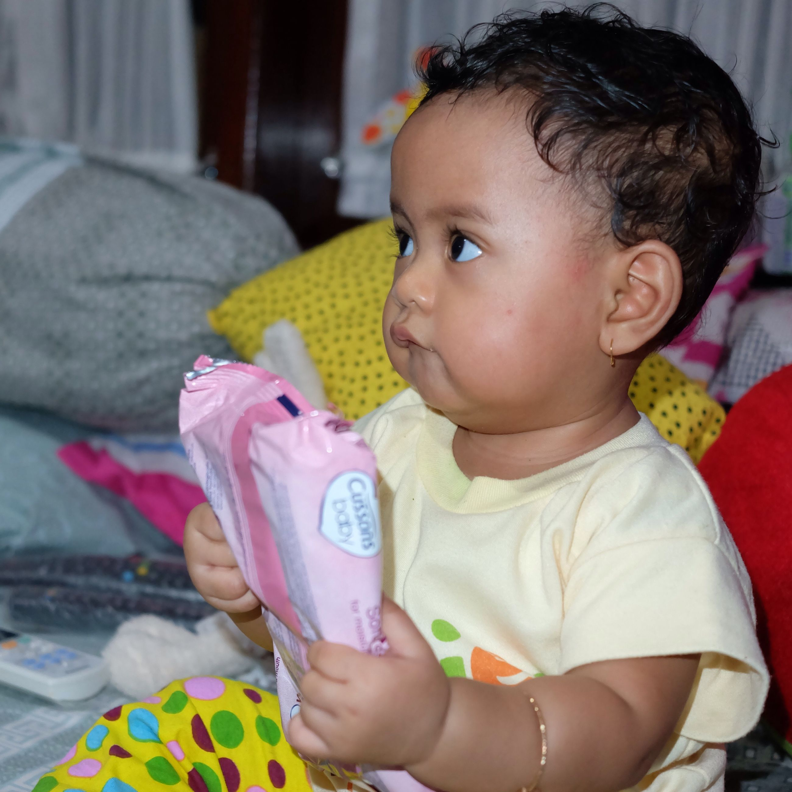 childhood, cute, innocence, elementary age, person, boys, girls, holding, lifestyles, focus on foreground, toddler, leisure activity, baby, babyhood, casual clothing, close-up, indoors, headshot