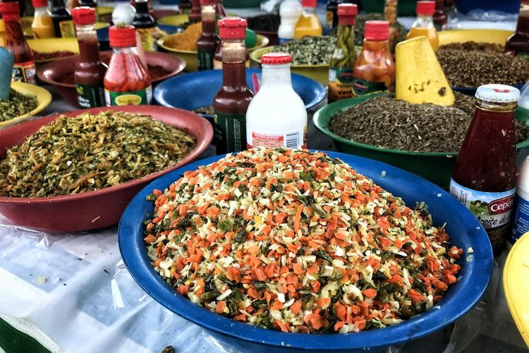 Farmers Market Choice Retail  Variation High Angle View For Sale Arrangement Spice Table Market Close-up Various Cardamom Black Peppercorn Ground - Culinary Mustard Plant Paprika Retail Display Display Market Stall Dried Food Seasoning