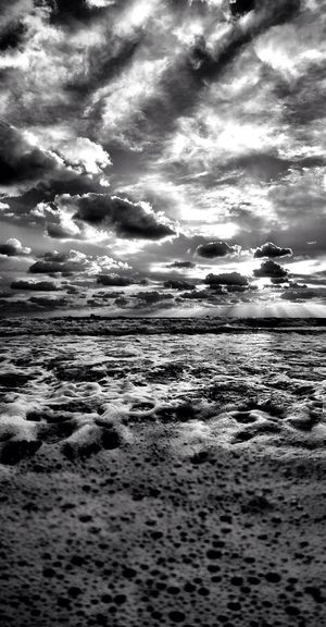 From the east and ocean can running. NEM Black&white Monoart_ampt AMPt_Nature NEM Clouds