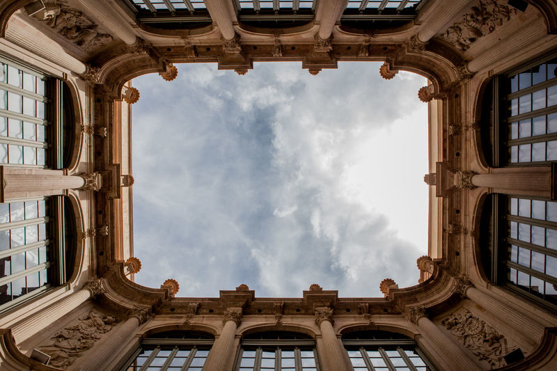 Architecture Cloudy Architecture Building Built Structure Ceiling Cloud - Sky Directly Below From Below History Low Angle View Old Ornate Sky The Past Travel Travel Destinations The Architect - 2018 EyeEm Awards