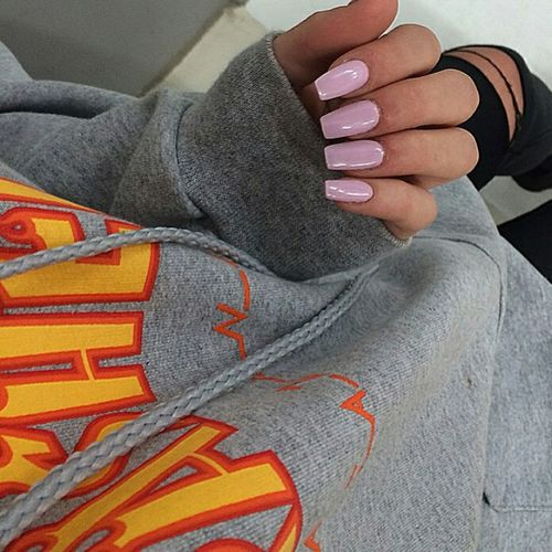 Thrashermagazine Thrasher Nails Pinknails Longnails Photography Ripped Jeans Aesthetics Gorgeous Model Urban Fashion Urbanstyle Fashion Style