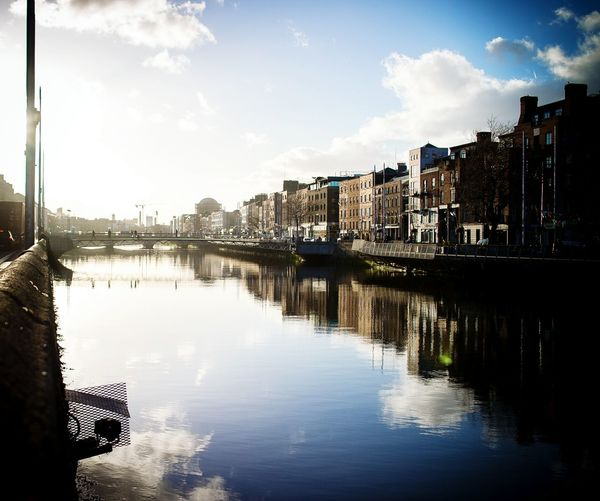 Good weather, we welcome you Dublin River