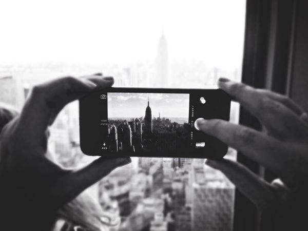 EyeZoom The EyeEm Facebook Cover Challenge Blackandwhite Photography Streetphotography Taking Photos Of People Taking Photos The Best Of New York NYC Photography Buildings Empire State Building EyeEm Best Shots