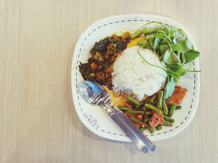 Thai curry foods Thai Rice Curry Boil Rice Topping Food Thai Style Lunch Time Top_view Healthy Bangkok Eatting Time
