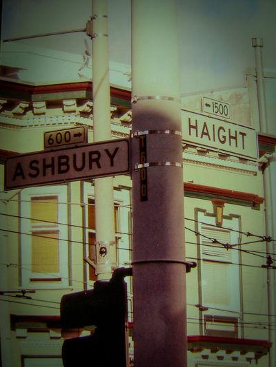 California Love City Vacation, Haight Ashbury In San Francisco Hippy Life Hippy Vibes One Love❤ San Francisco USAtrip