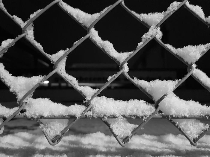 Night Blackandwhite Snow Full Frame Close-up Chainlink Fence Chainlink Wire Mesh Fence Geometric Shape Wire