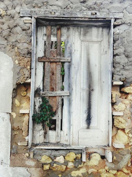Window Vintage Retro Styled Old Ruins Old Houses Ruins House Ruins Of Building Ruins Snapshot Ruins Of A Past Ruins_photography Ruins Architecture Streetphoto Doors Women Around The World Door Outdoors Paint Street Paint Doors Of Guatemala Doors And Windows Doors Around The World Ruin Doors And Windows Around The World Doors Lover Doors With Stories Door_series DoorsAndWindowsProject Doorsworldwide