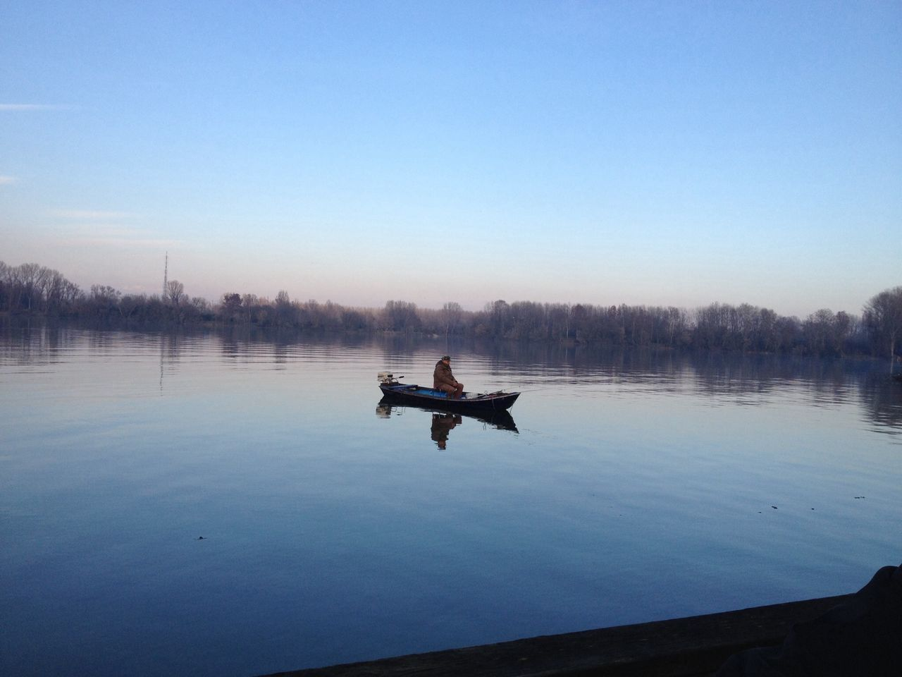 water, nature, nautical vessel, copy space, tranquility, transportation, clear sky, outdoors, tranquil scene, beauty in nature, lake, sky, blue, day, scenics, one person, tree, men, adventure, real people, rowing, oar, one man only, people