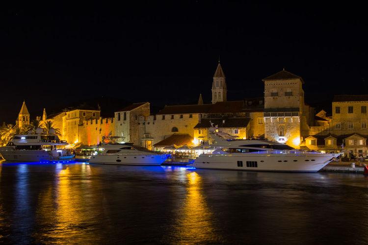 Yachts moored in the harbour of Trogir/Croatia Yacht Yachting Yachts Trogir, Croatia Croatia ❤ Dalmatian Dalmatia Dalmatia Region - Croatia Mediterranean  Mediterranean Landscape Luxurylifestyle  Adriatic Sea Adriatic Coast