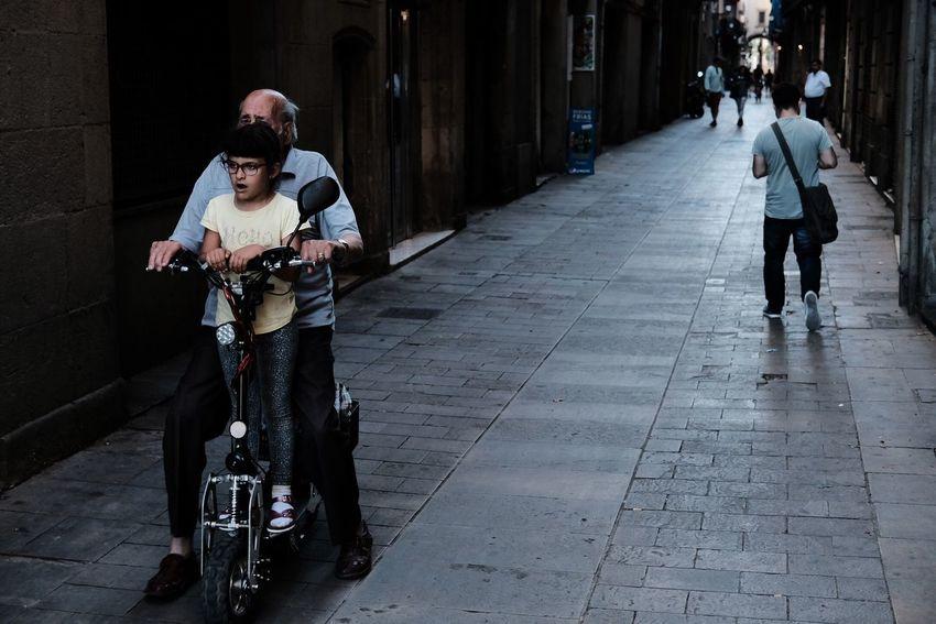 Exiting Ride Xf35mmf2 X-PRO2 Fujifilm_xseries Street Photography Streetphotography Barcelona Barrio Gótico City Life City