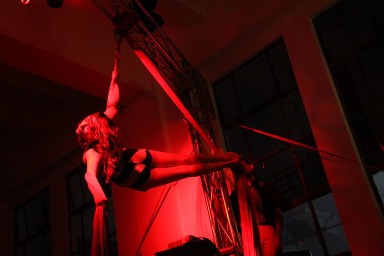 Red Flying Flyingwoman Circus Ribbon Theatre My Favorite Photo Woman Work The Portraitist - 2016 EyeEm Awards Dramatic Angles