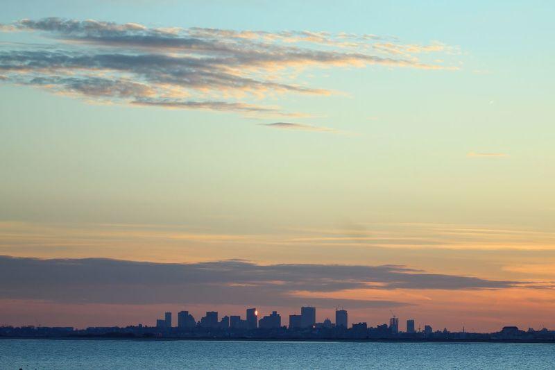 Sky Building Exterior Architecture Built Structure Sunset City Cloud - Sky Cityscape Waterfront