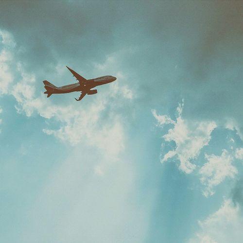 Fligh High. 2.0 । विमान। Vscocam Sky Skylovers Skyporn Airplane Afadingworld Voyagediaries Ftwotw