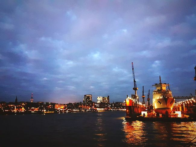 Hamburg Hamburger Hafen Schiff Hafen Dunkel Lichter Sarah7790 Cityscape City Nautical Vessel Water Illuminated Astronomy Urban Skyline Star - Space Sea Harbor Ship Commercial Dock
