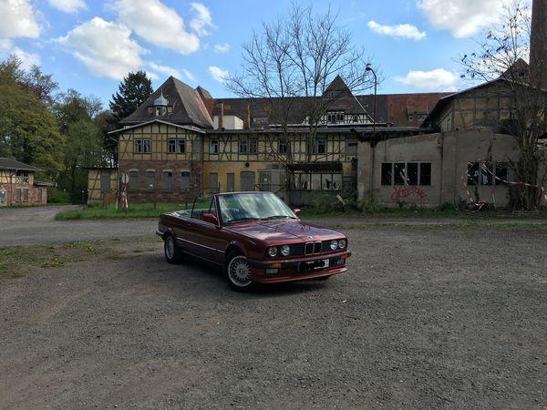 Bmw Cabrio Old Buildings Villa