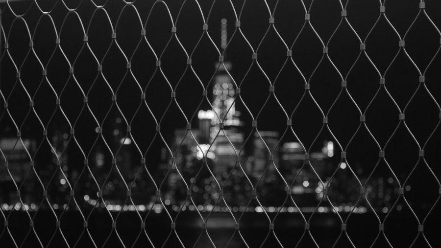 -Chain-link- NYC NYC Photography NYC Skyline Foreground The Minimals (less Edit Juxt Photography) Blackandwhite Fence