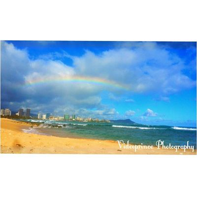 Two 🌈 in one day must be the lucky charms Photography By: @VideoPrince Islandlife Hawaii Oahuphotography Videoprince Luckywelivehi Cameralife Nature Photography Adventure Greatshot Photographer Oahu Amazing Beautiful Morning Cameraready Cameralife Venturehawaii HiLife 808  Alohastate Rainbows Hawaiiansky Beach Skylinehawaii skyline