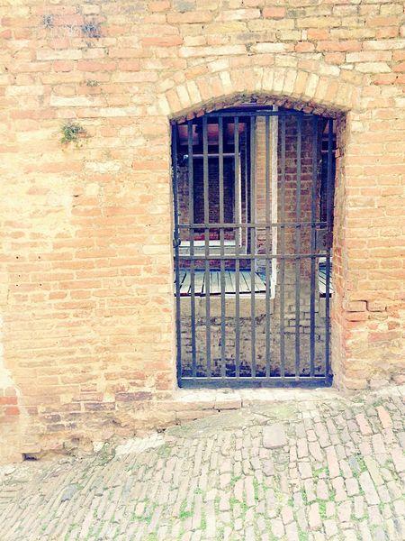 Gate Porta Siena Vicoli Medioevo Antico Borgo Antico Sunday