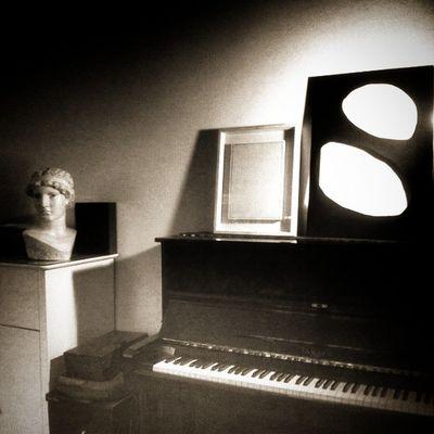 Igersbologna Slowlife Bnw Pianoforte Splendibianco Igersitalia Ritorniamoalfuturo