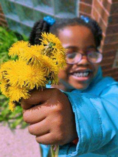 Smiling Happiness Adult Flower Yellow Cheerful Fun Portrait People Looking At Camera Human Body Part One Person Close-up Excitement Real People Life Amazing Awesome_captures Chicago Photographer Chicago Love Family Beauty In Nature Hope Lovephotography
